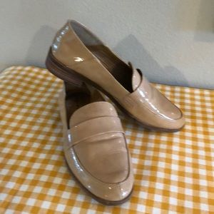 Like new Lucky Brand Loafers